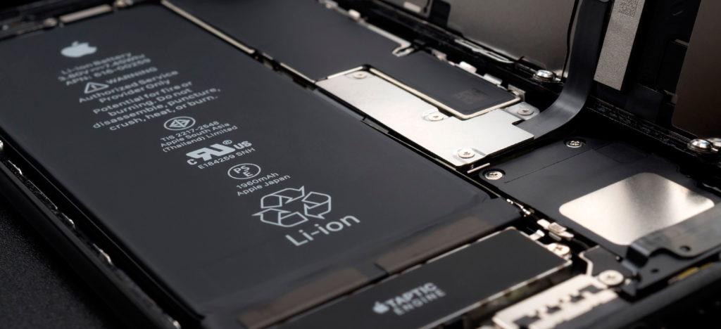 Вздулась батарея на Айфоне